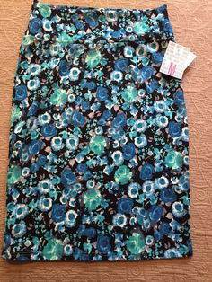 - Extra Small xs dots Romantic Lularoe Cassie- Blue With Brown Circles