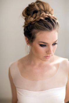 Ballerina Bun; New Years Eve Party Hairstyles 2016