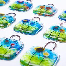Mini hangers, #fusedglass £3 ebay