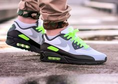 Nike Shoes OFF!> Nike ID Air Max 90 Hyperfuse (by Tim Vallentin) – Sweetsoles – Sneakers kicks and trainers. On feet. Nike Shox Shoes, Nike Air Shoes, Nike Shoes Cheap, Nike Shoes Outlet, Sneakers Nike, Nike Air Max Retro, Nike Air Max 90s, Nike Clothes Mens, Air Max 90 Leather