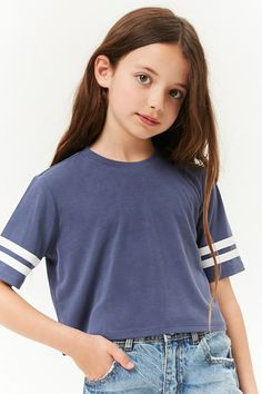 Navy tee with white stripes for a girls outfit how cute! I love this girls outfit, would be cute on a younger tween too. Seriously cute fashion for spring, summer, or fall! Preteen Fashion, Girls Fashion Clothes, Kids Outfits Girls, Cute Girl Outfits, Cute Outfits For Kids, Tween Clothing, Kids Girls, Fashion Outfits, Clothing Ideas