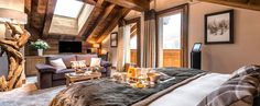 Official Website ✅ Le Kaila, a luxury chalet hotel in Meribel lying at the foot of the slopes: prestigious suites, Nuxe spa, indoor pool and gourmet restaurant.