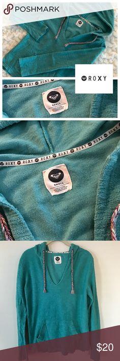 ROXY Turquoise Long-Sleeve Hooded Top 🖤 ROXY 🖤 Size Small 🖤 Teal/Turquoise 🖤 Long-Sleeve 🖤 Front Pocket 🖤 Pullover 🖤 Used Roxy Tops Sweatshirts & Hoodies