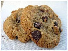 Ender Saraç Diet Biscuit Recipe ~ Wonder Potions – About Healthy Desserts Chocolate Chip Oatmeal, Oatmeal Cookies, Diet Biscuits, Cookie Recipes, Diet Recipes, No Gluten Diet, Gluten Free, Biscuit Recipe, Almond Recipes