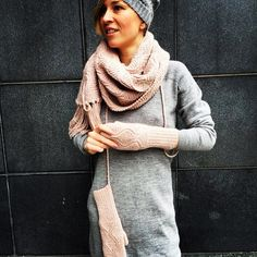 Warm and soft #aymara #knitwear #babyalpaca #clothing On Sale #pink #gloves 43,50€ #pink #scarf 124,50€  #grey #dress 119,40€ available at https://www.goodshaus.com/Aymara-Alpakawolle-Pima-Baumwolle