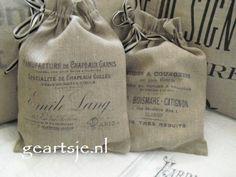 leuke zakjes van 100% linnen. Vintage feel printed burlap sacks.