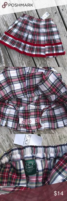 NWT skort!!  Crisp plaid pleats! Perfect for holiday Parties and pictures! Brand new with tags Children's Place Bottoms Skirts