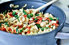 creamy tuscan white bean pasta Opinion: Super time intensive. Flavor got better with time. Not sure I would make it again.