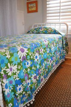 Retro Mod Flower Power vintage twin bedspread