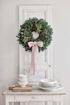 Kolme kaunista joulukotia - Three Beautiful Christmas Homes Country Living Kuvat: Philip Ficks Dream...