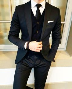 Tag a stylish friend  by @the_vasco #classydapper