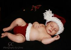 JnnfBaby santa hat and diaper cover set by GlowsCrochetCreation, $4.99