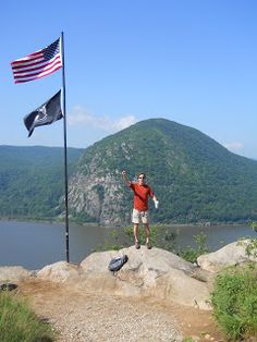 Hudson Valley Hiking: Breakneck to Mt Beacon