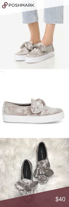 Rebecca Minkoff Womens Stacey Stud Studded Bow Fashion Casual Shoes BHFO 8708
