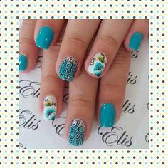 Unha diferente de Elis embelleze. Different nail by Elis embelleze.  Uña diferente por Elis embelleze.. Unghie different di Elis embelleze.