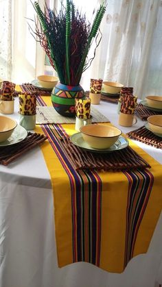 Africa Theme Party, African Party Theme, African Wedding Theme, African Traditional Wedding Dress, Traditional Wedding Decor, Wedding Set Up, Wedding Ideas, Wedding Table Decorations, Table Centerpieces