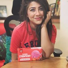 Look Your Best With This Fashion Advice – Top Clothes Boutique Cute Girl Poses, Girl Photo Poses, Girl Photography Poses, Beautiful Bollywood Actress, Beautiful Indian Actress, Cool Girl Pictures, Girl Photos, Aditi Bhatia, Indian Tv Actress