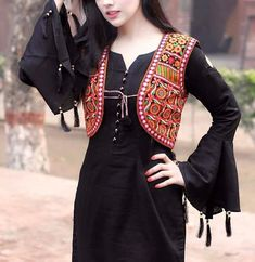 Someone sought for: shrugs for clothes! Finthousands of handmade, old-fashioned, and one-of-a-kind merchandise. Pakistani Fashion Casual, Pakistani Dresses Casual, Pakistani Dress Design, Indian Fashion, Jacket Style Kurti, Kurti With Jacket, Jacket Dress, Sleeves Designs For Dresses, Dress Neck Designs