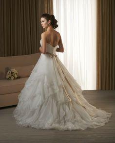 Bonny Bridal 232