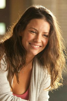Beautiful Celebrities, Beautiful Actresses, Beautiful Women, Nicole Evangeline Lilly, Marvel, Guy Pictures, Brunette Hair, Celebs, Singer