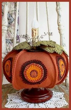 Free Wool Penny Rug Patterns | ... PatternMart: Wool Pumpkin Penny Rug Make-Do Electric Candle Light