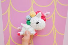 To reciprocate the warm support we have gotten from everyone the past 18 months, Tiny Rabbit Hole is sharing this FREE Tokidoki Unicorno Amigurumi Pattern with everyone! Let's join hands together to bring more unicorns into existence!