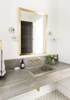 Floating+concrete+sink+and+brass+fixtures Powder room with black shiplap and cement tiles. Free standing natural wood vanity with marble top and gold taps, design by studio McGee Inspirational bathroom decor, Concrete Bathroom, Gold Bathroom, Bathroom Renos, Bathroom Ideas, Cement Tiles, Master Bathroom, Bathroom Taps, Modern Bathroom, Morrocan Bathroom