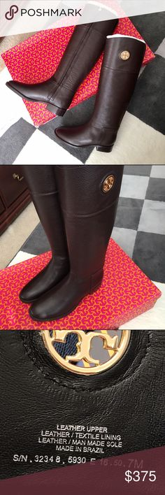 """Tory Burch Junction Riding Boots Coconut Brand new, comes with the original packaging. Made in Brazil.                                                                                                          Color: Coconut 🌴(also available in Black, please find the listing in my closet).                        Heel Height: 1.25""""                                                                    Very comfortable boots! 👢 Tory Burch Shoes Heeled Boots"""