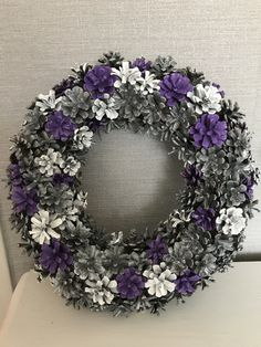 Pine Cone Art, Pine Cone Crafts, Wreath Crafts, Pine Cones, Pine Cone Decorations, Christmas Decorations, Purple Wreath, Vintage Wreath, African Crafts