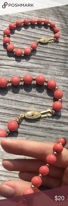 Pink coral beaded bracelet Super cute bracelet• price is firm• Jewelry Bracelets