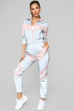 Women's workout clothes, women's activewear, and streetwear for women at an affordable price? Fashion Nova has it all. Check out our workout clothes for women and other women's streetwear in all colors, sizes, and styles. Swag Outfits For Girls, Girls Fashion Clothes, Sporty Outfits, Dress Outfits, Fall Outfits, Kids Outfits, Cute Outfits, Fashion Outfits, Girl Fashion