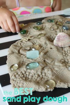 Sand play dough paired with loose parts. Playdough Activities, Toddler Activities, Nursery Activities, Free Activities, Summer Activities, Sensory Bins, Sensory Play, Sensory Rooms, Sensory Table