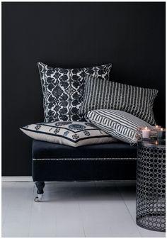 = black and white cushions Black And White Interior, Black White, Black Noir, White Cottage, Best Sofa, Black Decor, Interior Design Inspiration, Soft Furnishings, Home Textile