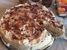 Daim iskake_2 Best Cake Recipes, Tart Recipes, Pudding Desserts, Dessert Recipes, Cooked Shrimp Recipes, Norwegian Food, Danish Food, How To Cook Shrimp, Pastry Cake