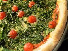 Gallery: Top This: Spinaci e Pomodoro (à la LaRocco's Pizzera) Cheesy Pizza Recipe, Pizza Recipes, Big Pizza, New York Pizza, Savoury Baking, Cherry Tomatoes, Vegetable Pizza, Main Dishes, Spinach Leaves