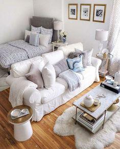 Studio Apartment Living, Tiny Studio Apartments, Studio Apartment Design, Studio Apartment Decorating, Apartment Interior, Bedroom Apartment, Bedroom Decor, Apartment Ideas, Studio Living