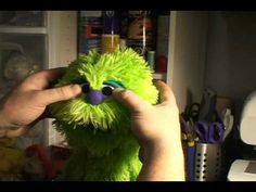 Great Puppet Building tutorial from the Creature Works (puppeteersunite.com) using the project puppet pattern.