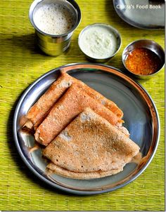 Kambu dosai/Bajra dosa/Pearl millet dosa - Healthy millet dosa for breakfast and dinner ! Indian Breakfast, Breakfast For Dinner, Indian Snacks, Indian Food Recipes, Indian Foods, Idly Recipe, Sweet Pongal, Wow Recipe, Kitchens