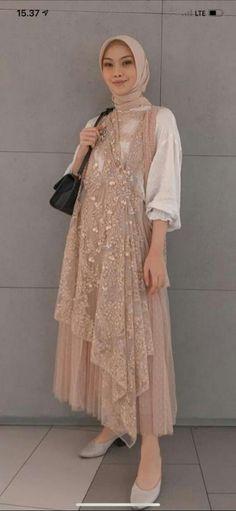Kebaya, Party Dress, Gowns, Dresses, Model, Fashion, Vestidos, Vestidos, Moda