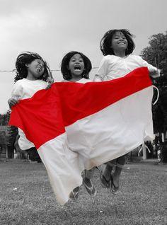 indonesian kids and flag #redwhite #merahputih