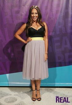 Tamera is making a statement in a Monique Lhuillier top, Lucy Paris skirt, Steve Madden heels, and Frey Wille USA accessories. Paris Outfits, Summer Outfits, Fashion Outfits, Womens Fashion, Real Style, My Style, Tia And Tamera Mowry, Adrienne Bailon, Pretty Girl Swag