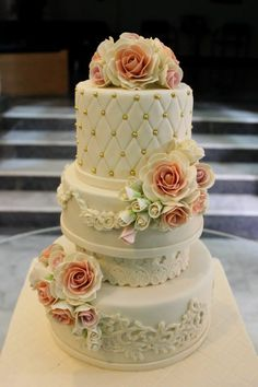 Ganache Cakes Lahore
