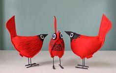 Wool Felt Pip Bird Comet Red por UpInFlight en Etsy