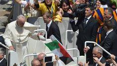 Paus verklaart Palestijnse zusters heilig - BUITENLAND - PAROOL