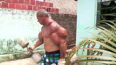 incroyable hypertrophie musculaire d'Arlindo de Souza - http://www.newstube.fr/incroyable-hypertrophie-musculaire-darlindo-de-souza/ #Arlindo, #ArlindoSouza, #Hypertrophie, #Musclé, #Musculaire