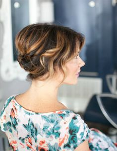 Short haired gals, you can have a glamorous updo. This hair tutorial proves that.