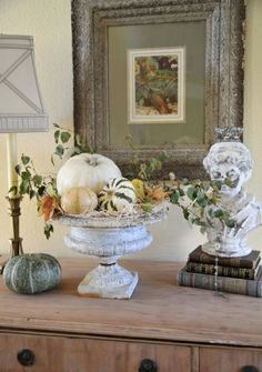 Ghostly Halloween decoration ideas gourds vase picture branches