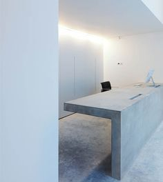 The reception desk is the first thing visitors get to see when entering a hotel, office, salon, etc. It's where guests are greeted and it says a lot about Architecture Design, Concrete Architecture, Beton Design, Concrete Design, Concrete Table, Commercial Design, Commercial Interiors, Concrete Interiors, Reception Design
