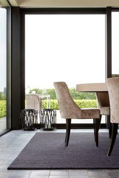 Die Natur ist die schönste Dekoration. #smartstrand #teppich #dekoaccessoires #minimalismus #SONNHAUS Dining Bench, Furniture, Home Decor, Minimalist Home, Minimalism, Nature, Dekoration, Nice Asses, Decoration Home
