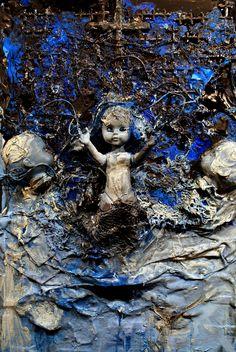w.sito - Matki ujęcie z zachwytu (garbage & human parts on canvas, 70x50 cm)